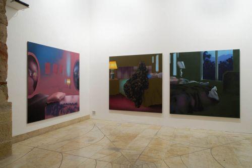 1[1].zleva_Filip   Černý, Pokoj,zrcadlo,postel, 2008, akryl na   plátně, 190 x 190 cm,2.Spanek,80x180,akryl platno-2008,3.Pokoj,80x180,akryl platno-2008
