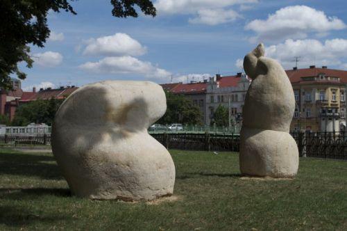 F.Borecká, 2009, prUNIKY, mezin.sochařs. symposium Hořice